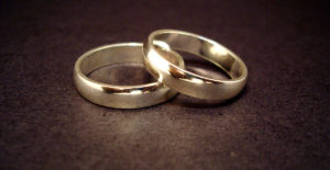 wedding-rings-cropped